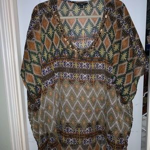Tops - Plus size 3x thin tunic with great design